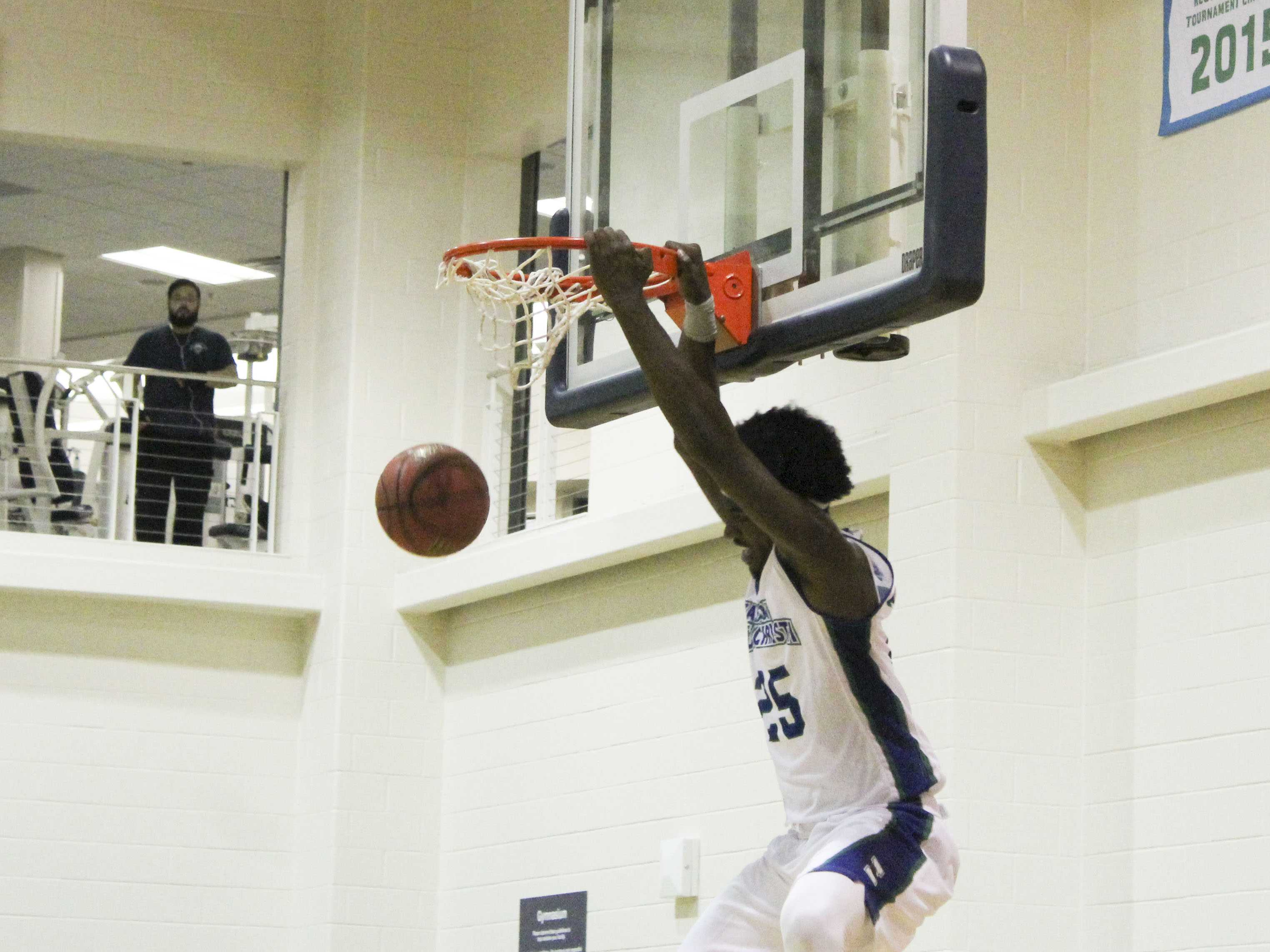 Islander basketball shoots off with two wins