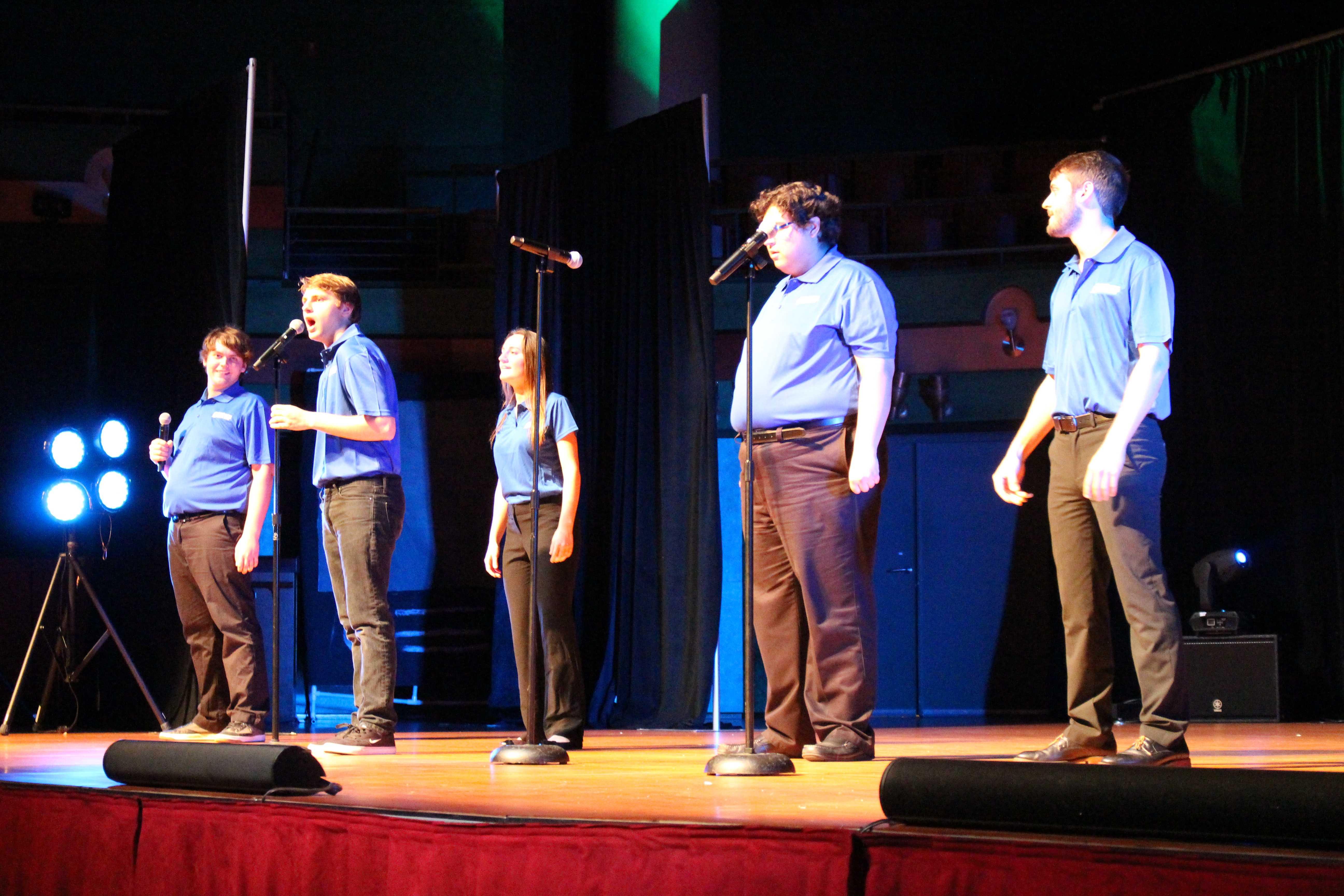 Student organizations compete at Islander Revue