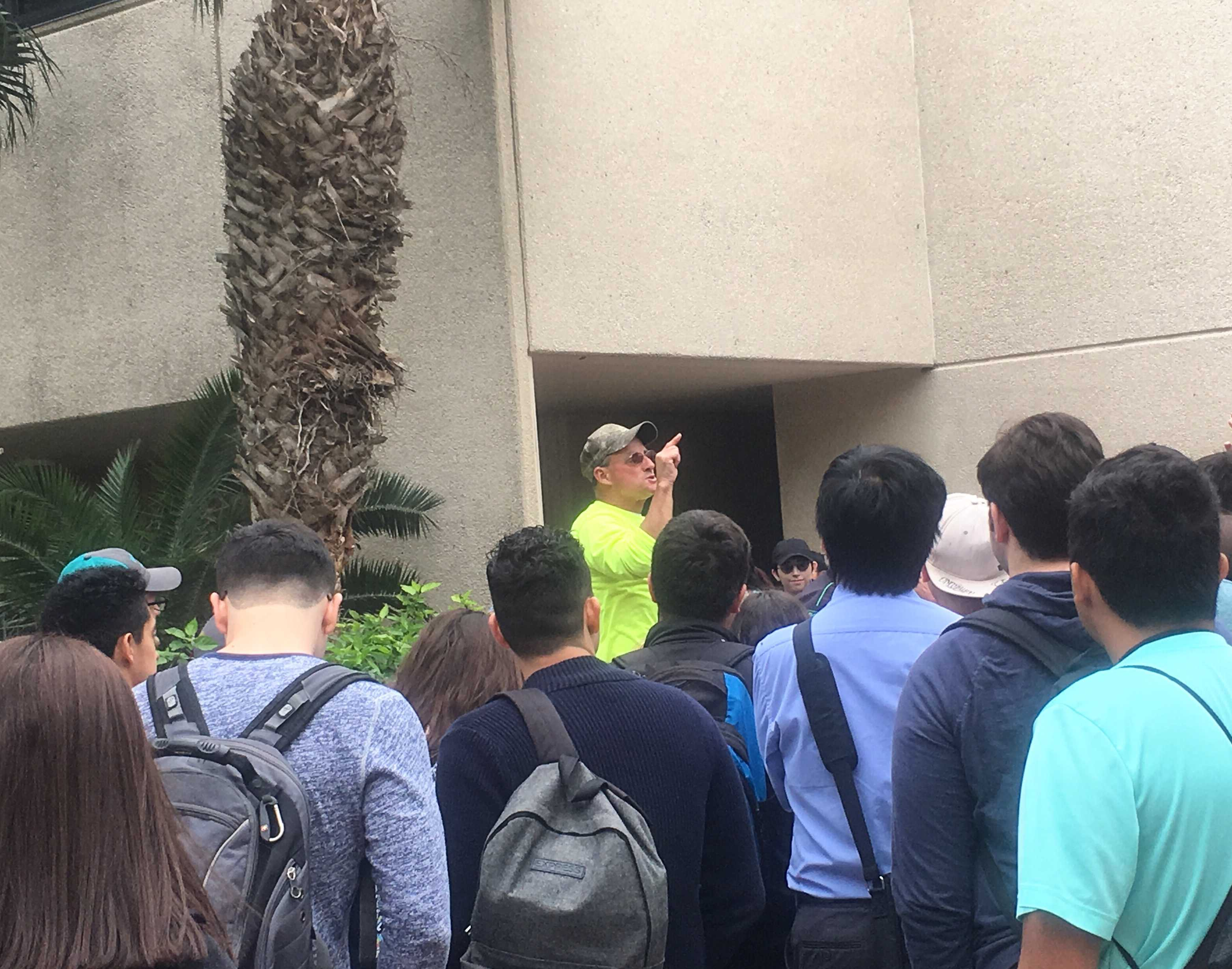 Controversial preacher visits campus