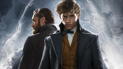 Image courtesy of Warner Bros. Pictures/WARNER BROS. ENTERTAINMENT, INC. Eddie Redmayne as Newt Acamander and Jude Law as Albus Dumbledore.