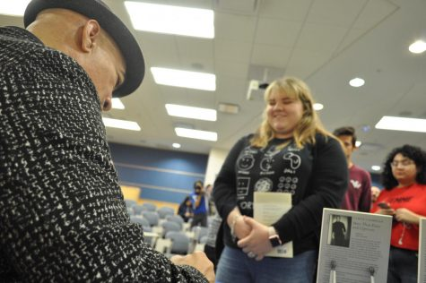TAMU-CC welcomes Pulitzer Prize nominee Cyrus Cassells