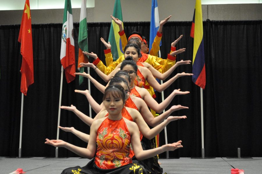 Photography courtesy of Matthew Tamez, The Vietnamese Student Association performed Banh Troi Nuoc (Woman) during the Parade of Nations