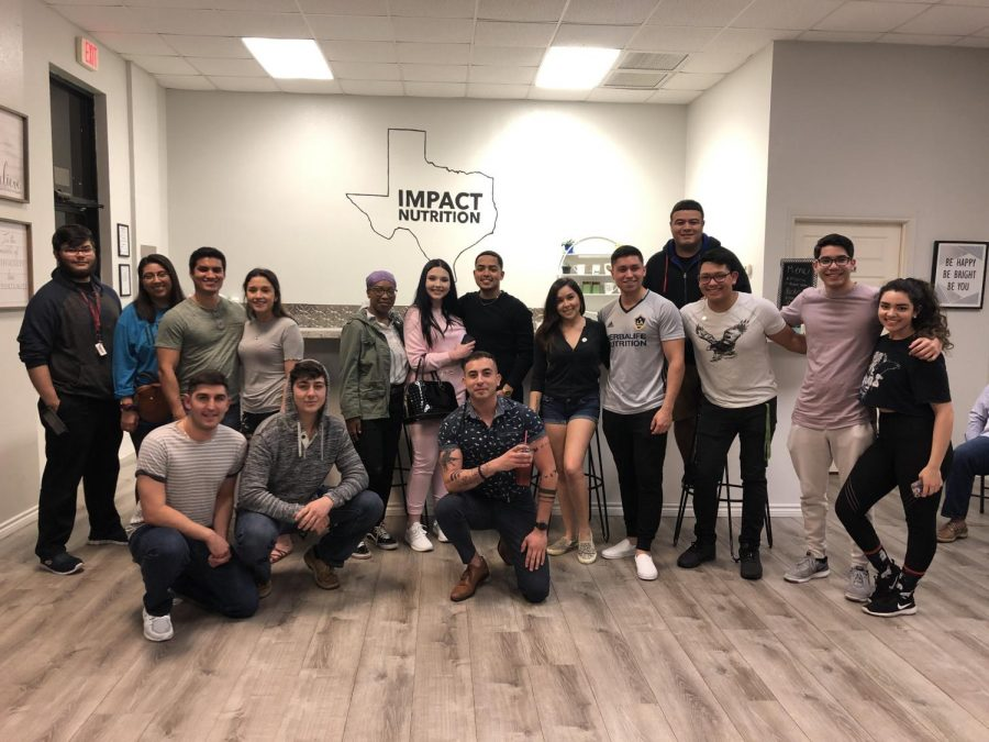 Image+courtesy+of+Lino+Diaz%0AIslanders+Isaac+Neyra+and+Michael+Villarreal+performed+at+Impact+Nutrition%27s+first+%22Open+Mic+Night.%22
