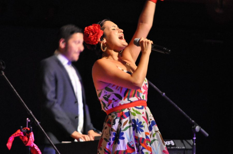 Las Cafeteras ends Hispanic Heritage Month with a bang