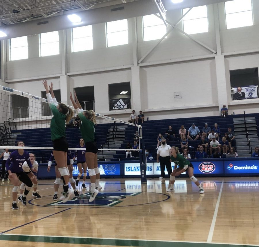 %239+Kyndal+Payne+and+%238+Rachel+Young+jumped+up+to+block+a+hit+from+Tarleton+on+Saturday+Sept.+18.